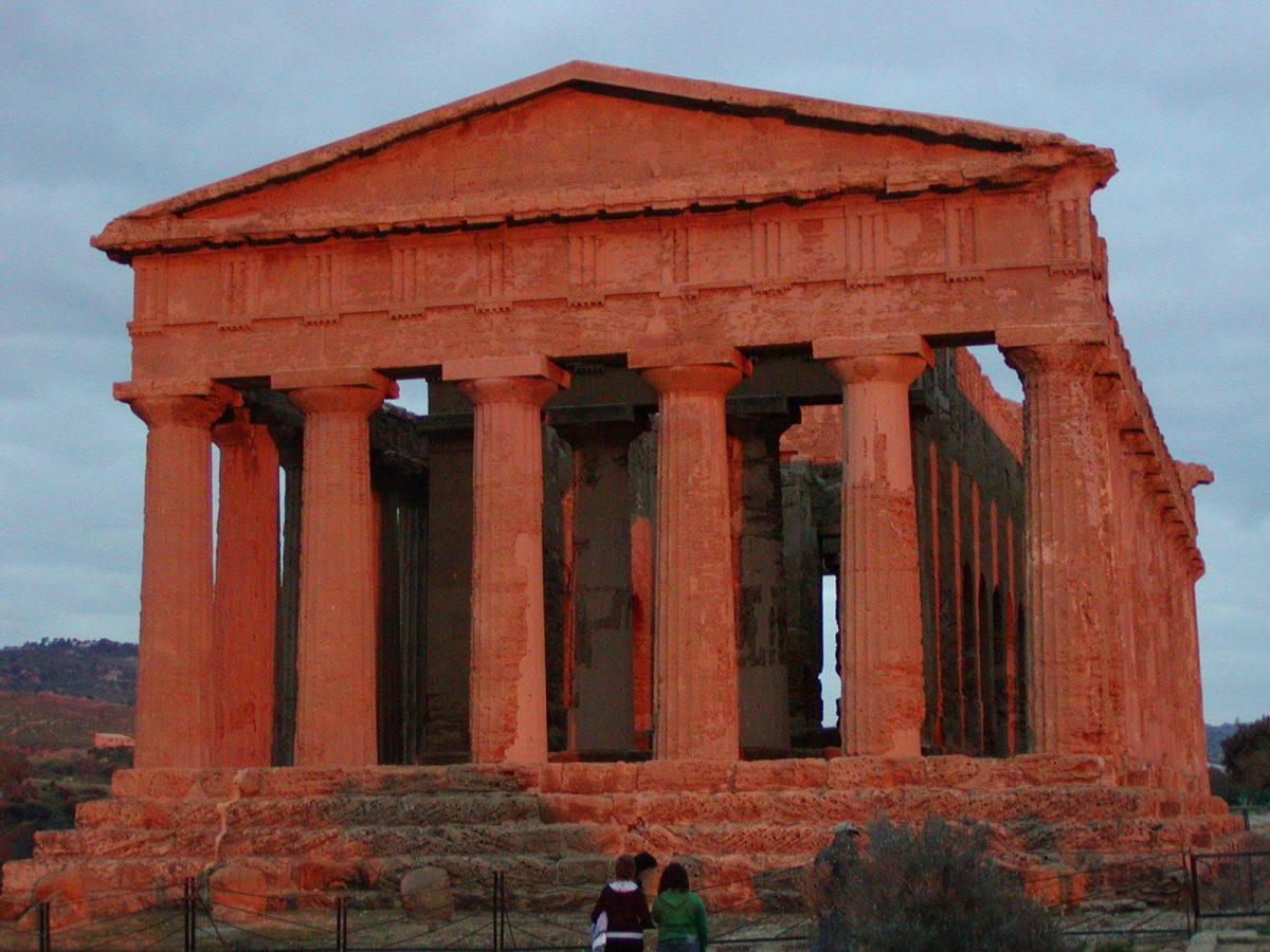 Valley of the Temples - 2003-12-27-164850