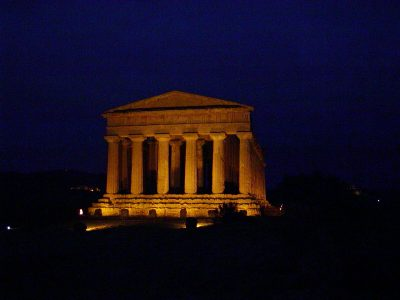 Valley of the Temples - 2003-12-27-172123