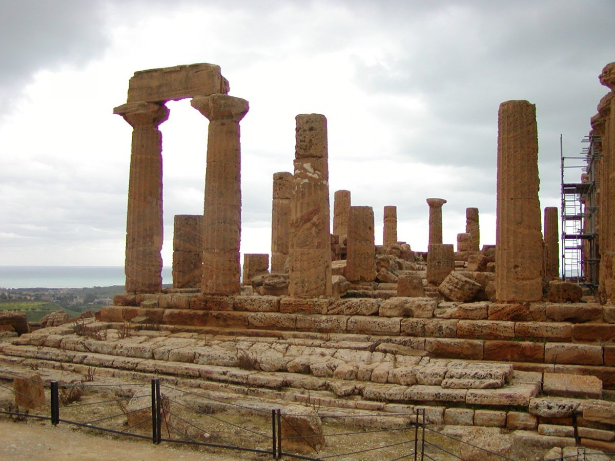 Valley of the Temples - 2003-12-28-114241