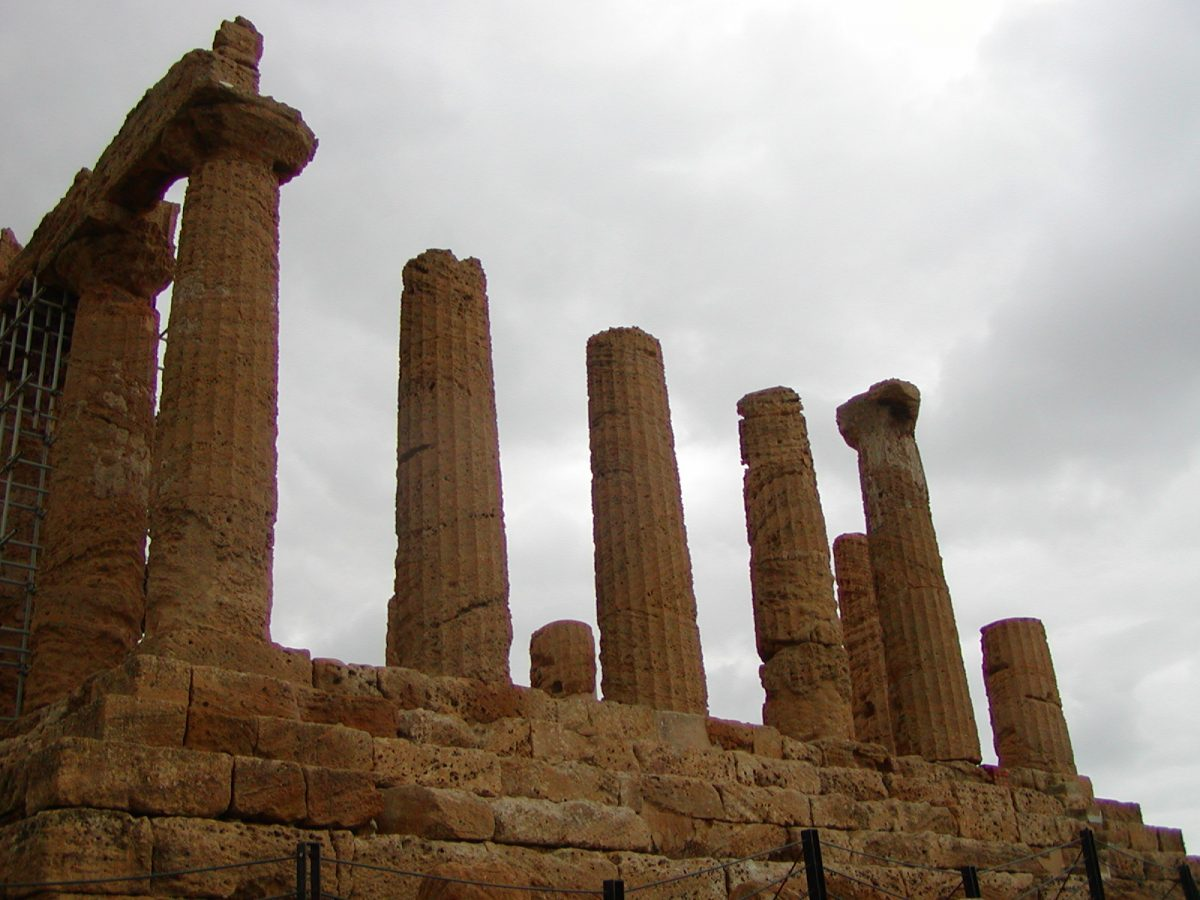 Valley of the Temples - 2003-12-28-115522