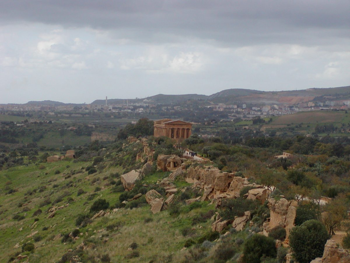 Valley of the Temples - 2003-12-28-120224