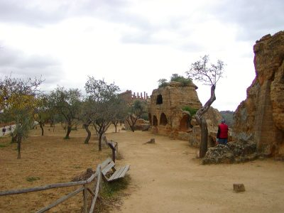 Valley of the Temples - 2003-12-28-123016