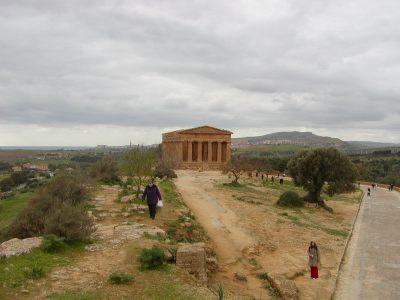 Valley of the Temples - 2003-12-28-124519