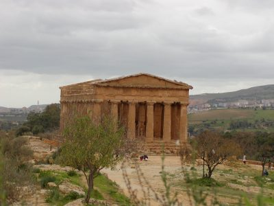 Valley of the Temples - 2003-12-28-124823