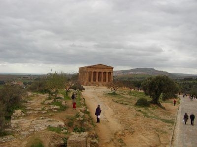Valley of the Temples - 2003-12-28-125252