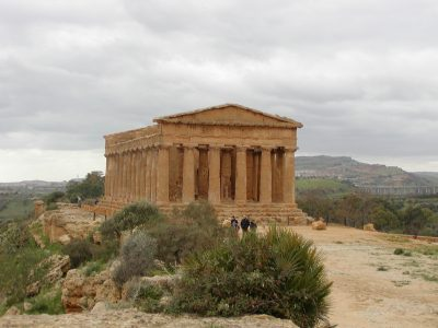 Valley of the Temples - 2003-12-28-125738