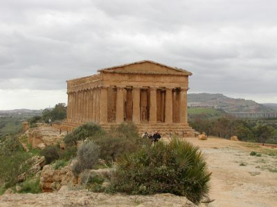Valley of the Temples - 2003-12-28-125754