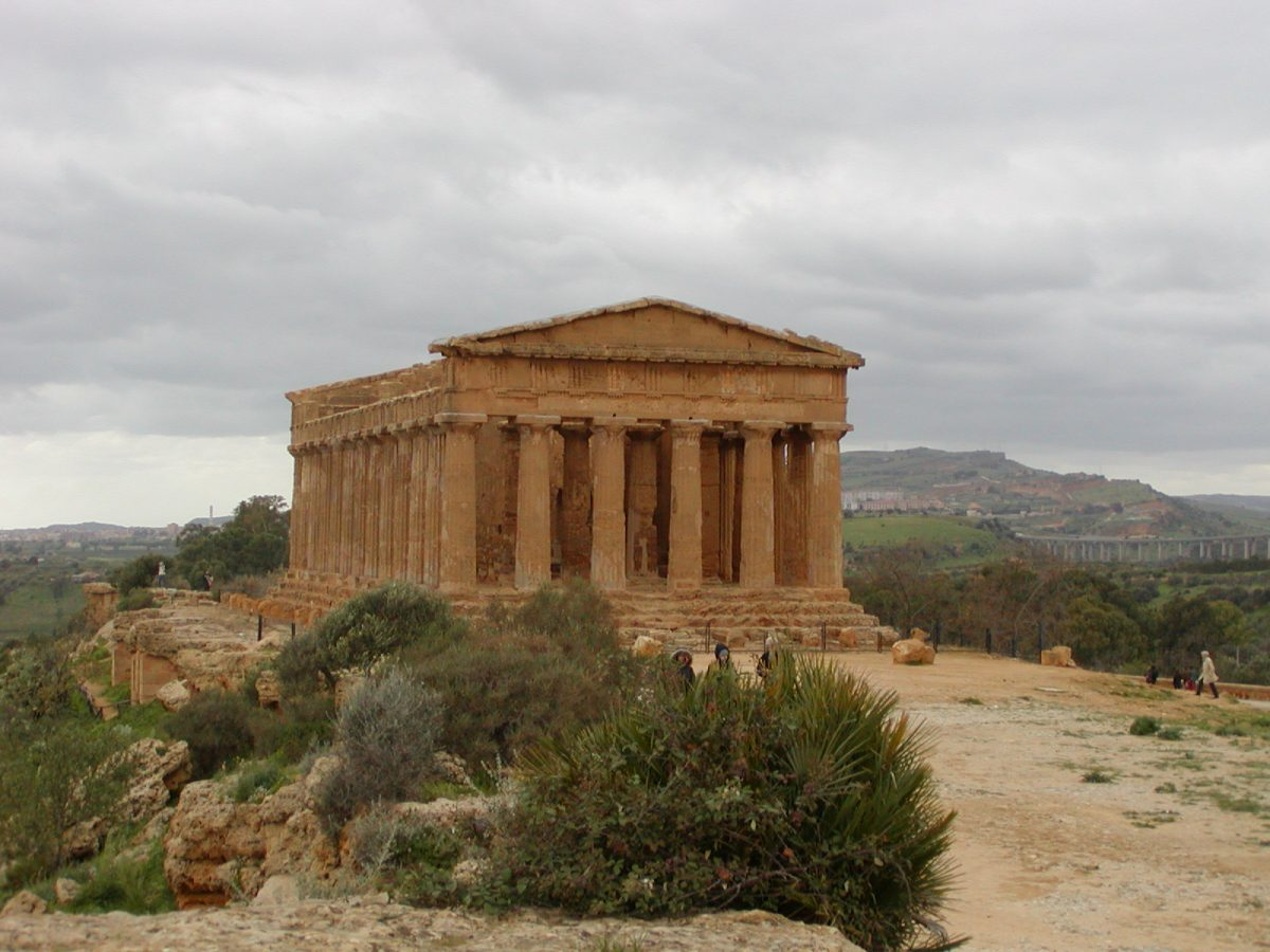 Valley of the Temples - 2003-12-28-125802
