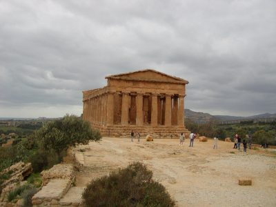 Valley of the Temples - 2003-12-28-131030
