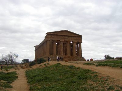 Valley of the Temples - 2003-12-28-132134
