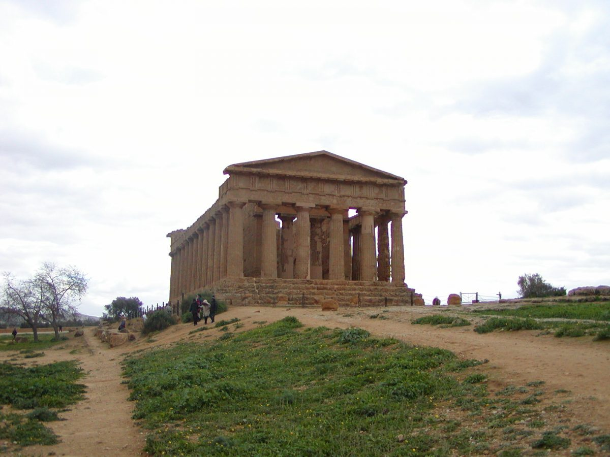Valley of the Temples - 2003-12-28-132146