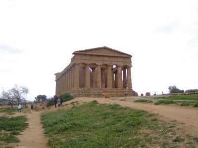 Valley of the Temples - 2003-12-28-132152