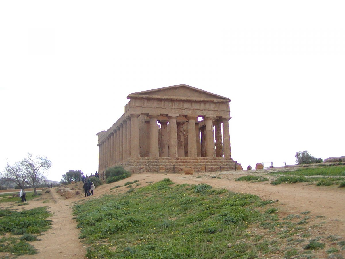 Valley of the Temples - 2003-12-28-132156