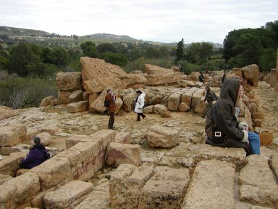 Valley of the Temples - 2003-12-28-140722