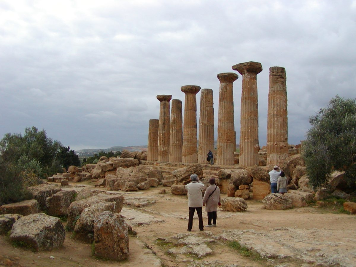 Valley of the Temples - 2003-12-28-143706