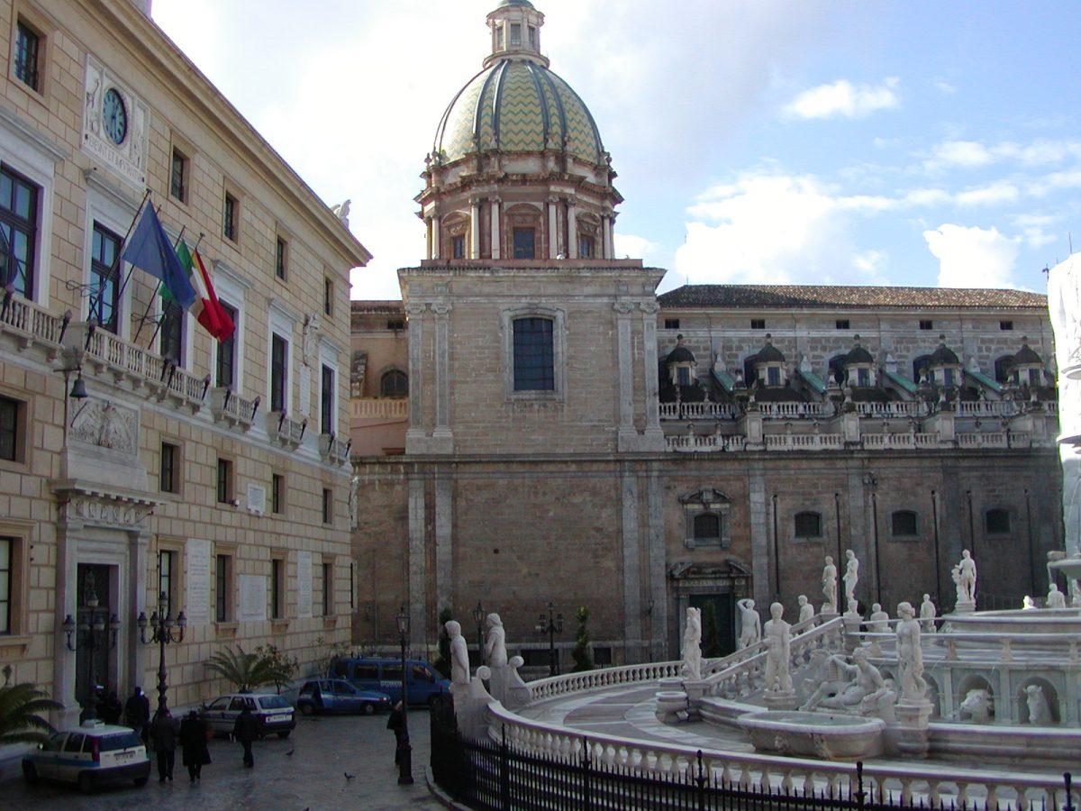 Piazza Pretorio - 2004-01-05-122609
