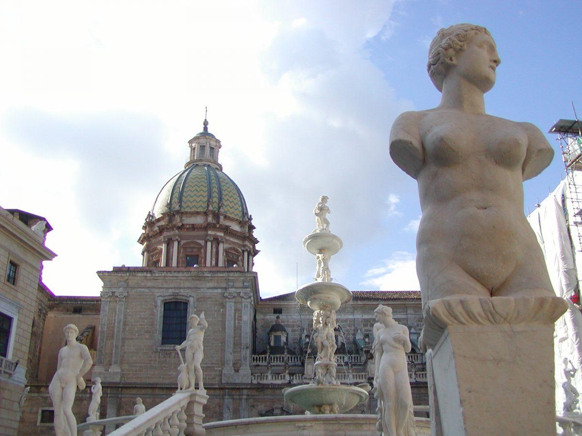 Piazza Pretorio - 2004-01-05-122700