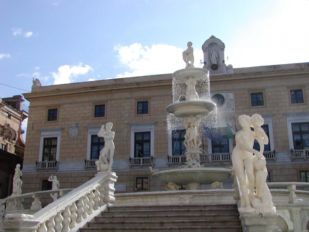 Piazza Pretorio - 2004-01-05-122836