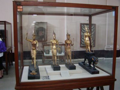 The Egyptian Museum - 2004-01-19-101927