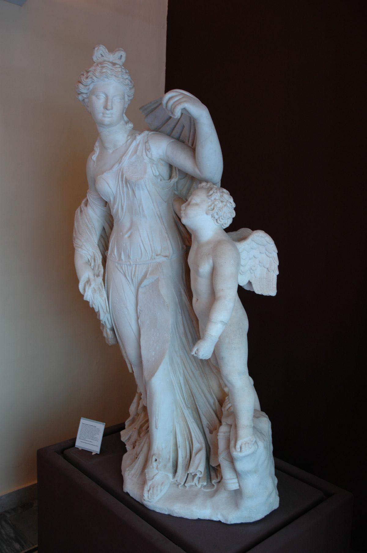 "Archeological Museum ""A. Salinas"" - 2005-07-20-115325"