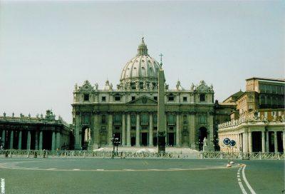 Saint Peter's Square - 1992-08-27-011